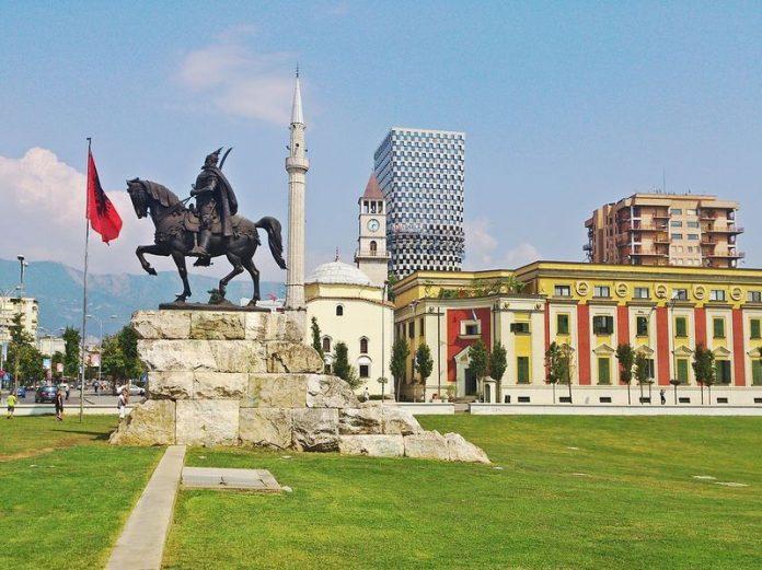 Tirana qyteti me i lire turizem
